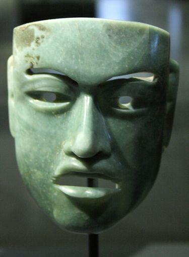 441px-Olmec_mask_802